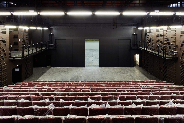 Théâtre de l'Usine (© Nelly Blaya)