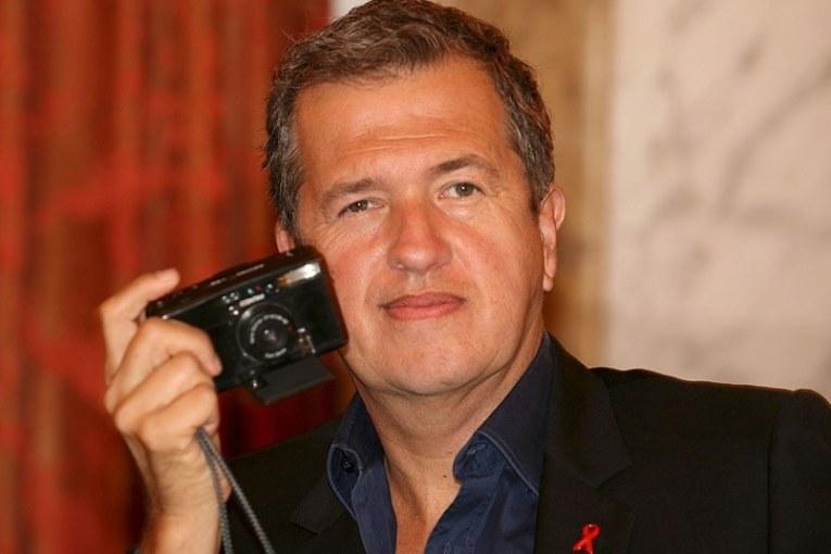 Le photographe star Mario Testino accusé de harcèlement sexuel
