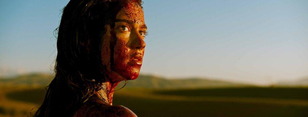 """""""Revenge"""", film de Coralie Fargeat, avec Matilda Lutz et Kevin Janssens"""