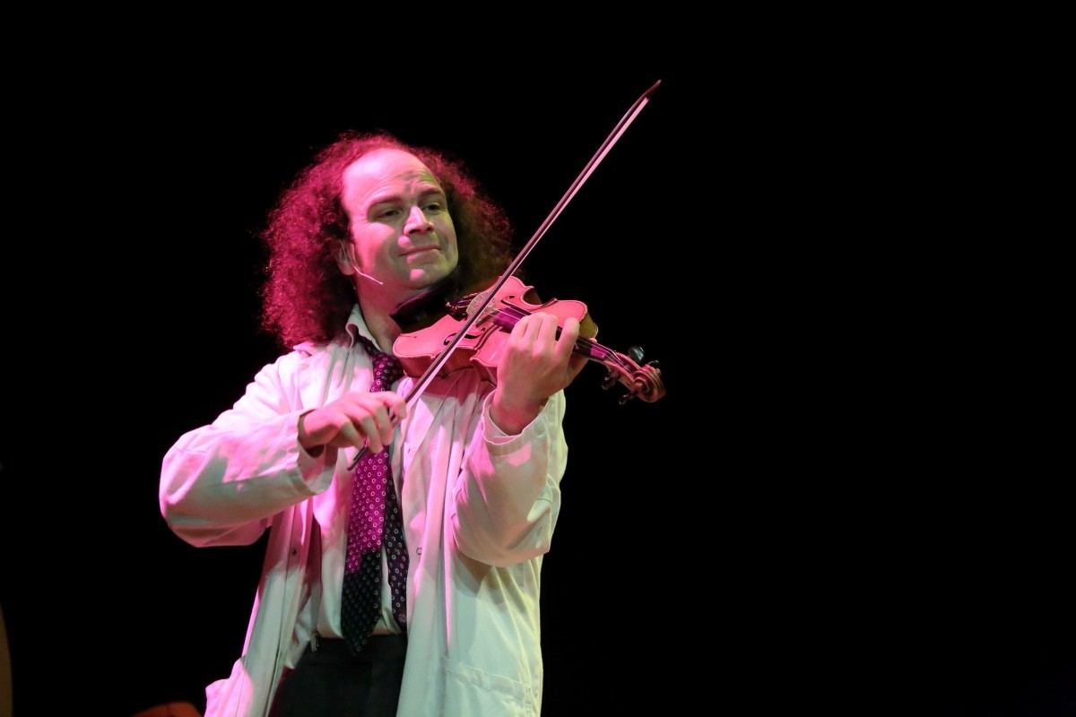 Claude Vonin: des cordes et du rythme