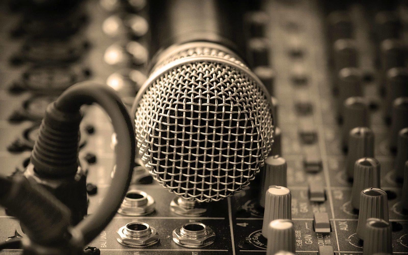 Voix-off et doublage, des métiers à part entière