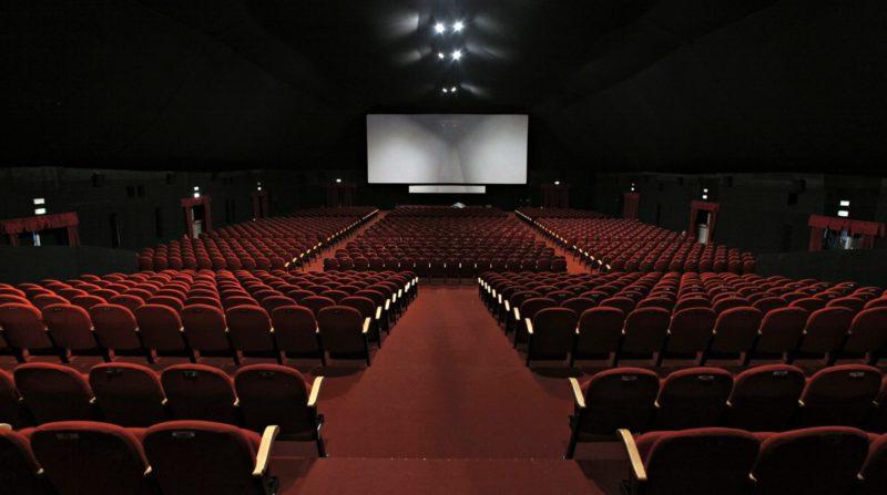 Les films français au beau fixe en 2017, les productions américaines reculent