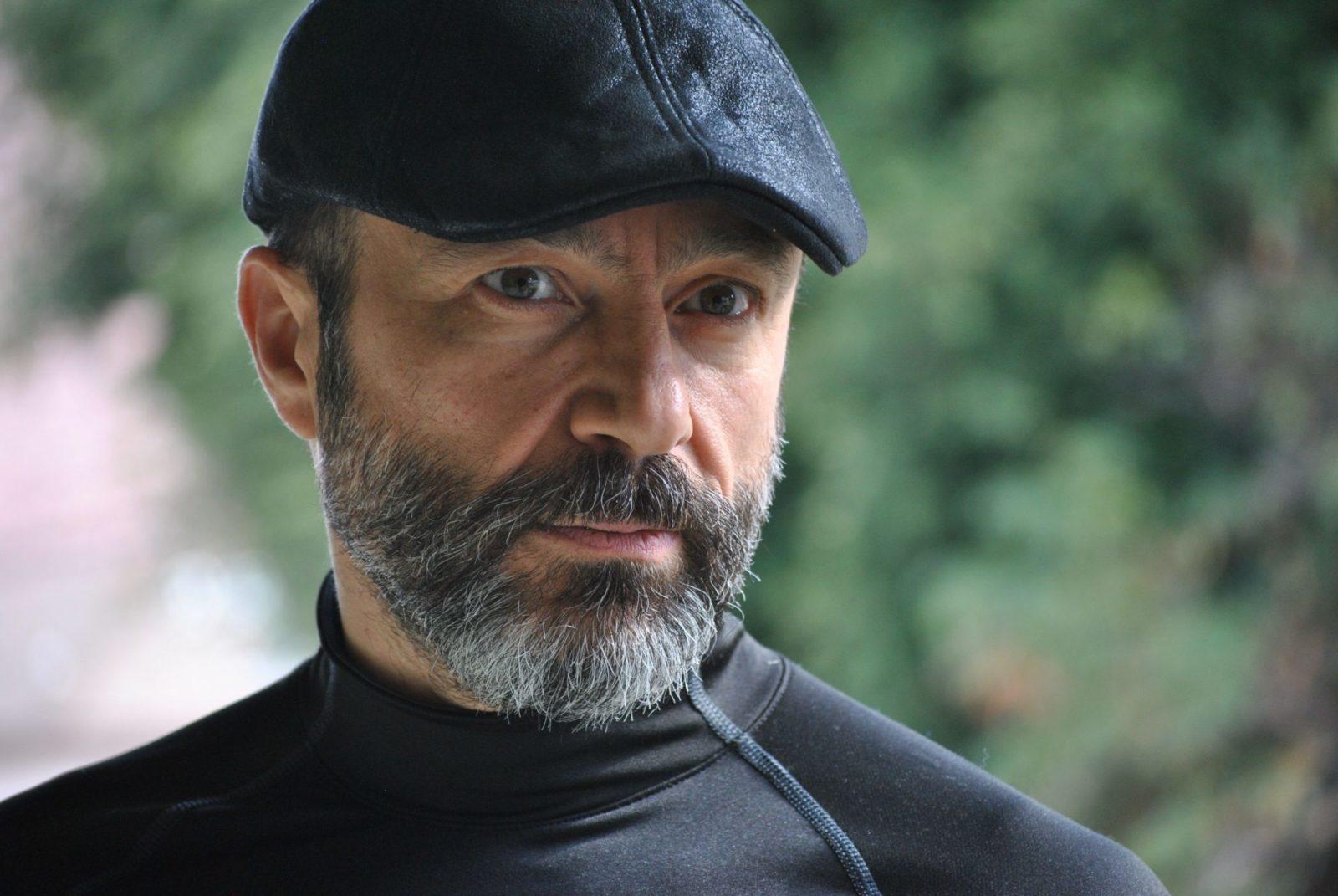Jay Abdo, célèbre acteur syrien devenu réfugié, part à la conquête d'Hollywood
