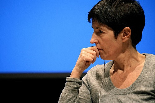 Christine Angot : «Le théâtre est le seul endroit du présent»