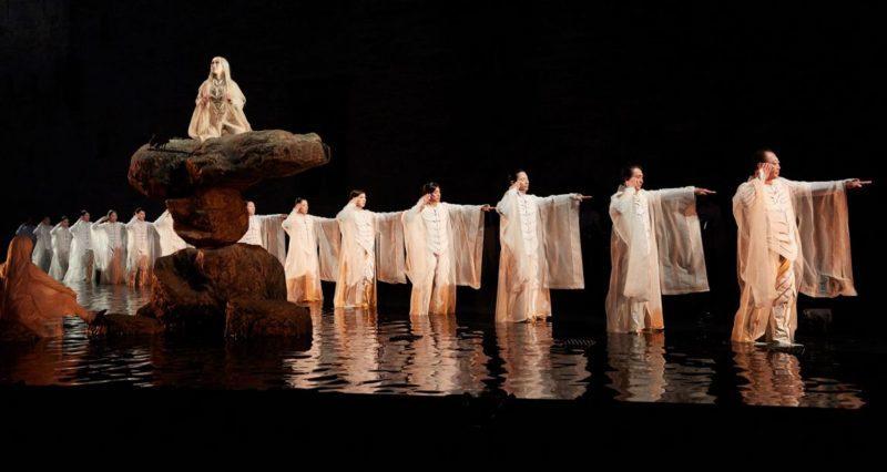 «Antigone» de Satoshi Miyagi: esthétique contemplative et héroïne diaphane