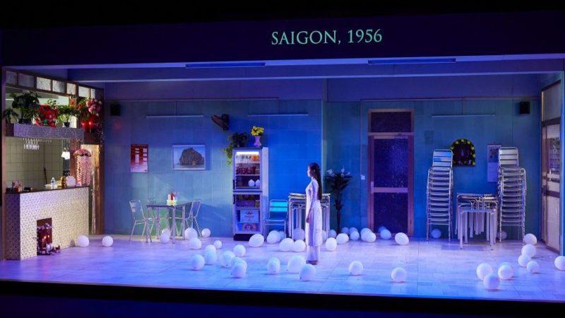 «Saïgon» de Caroline Guiela Nguyen: un temps plié par les larmes
