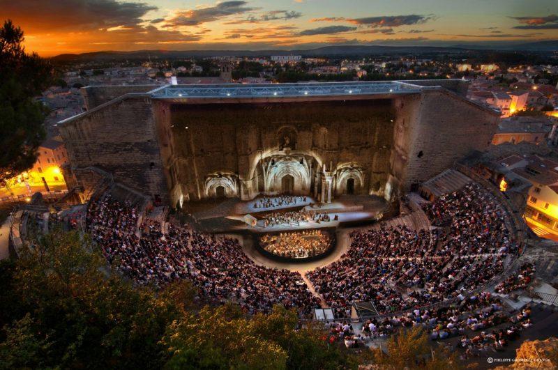 Les Chorégies d'Orange menacent de mettre la clef sous le théâtre antique