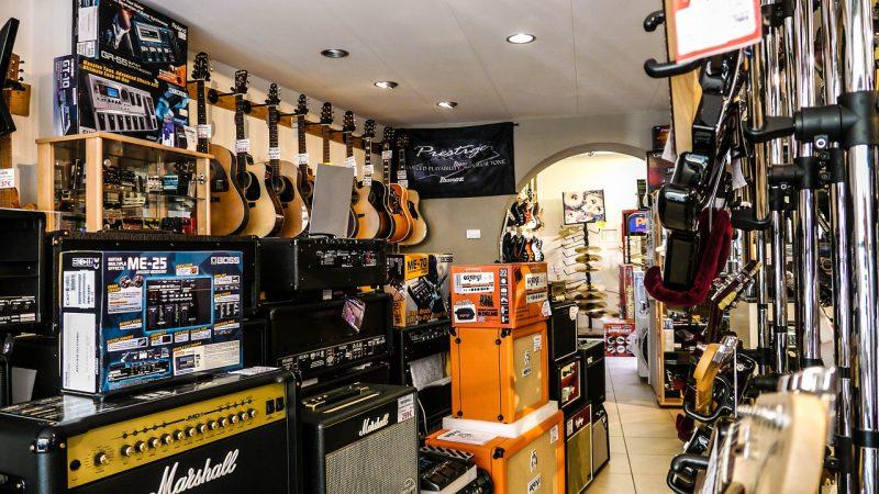 Les magasins de musique souffrent en silence