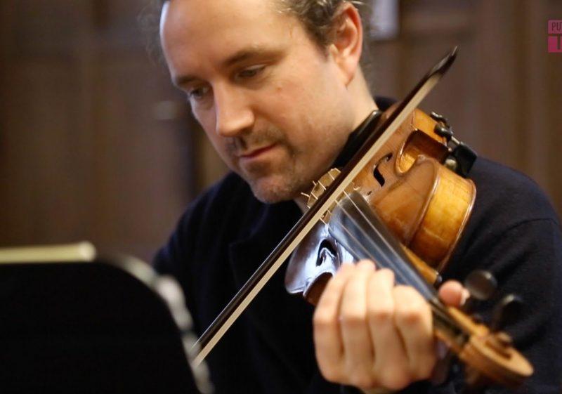 Julien Chauvin, un musicien parmi les chercheurs de l'hôtel de Lauzun