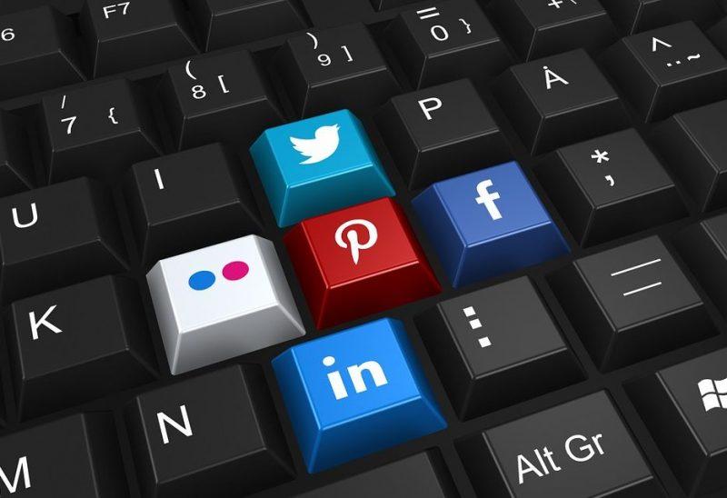 Twitter, Facebook et consorts : l'heure de la normalisation