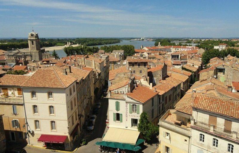 Le théâtre d'Arles recrute un attaché aux relations publiques (h/f)
