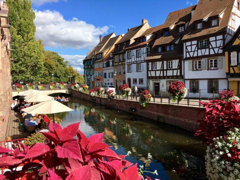 La comédie de Colmar, Centre Dramatique national Grand Est Alsace, recrute un chargé des relations publiques (h/f)