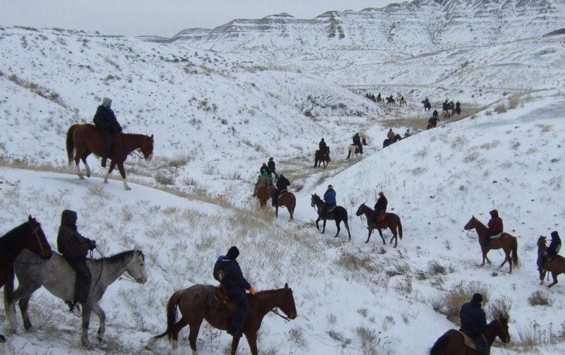 «The Ride» : longue chevauchée sur les traces des Sioux morts à Wounded Knee