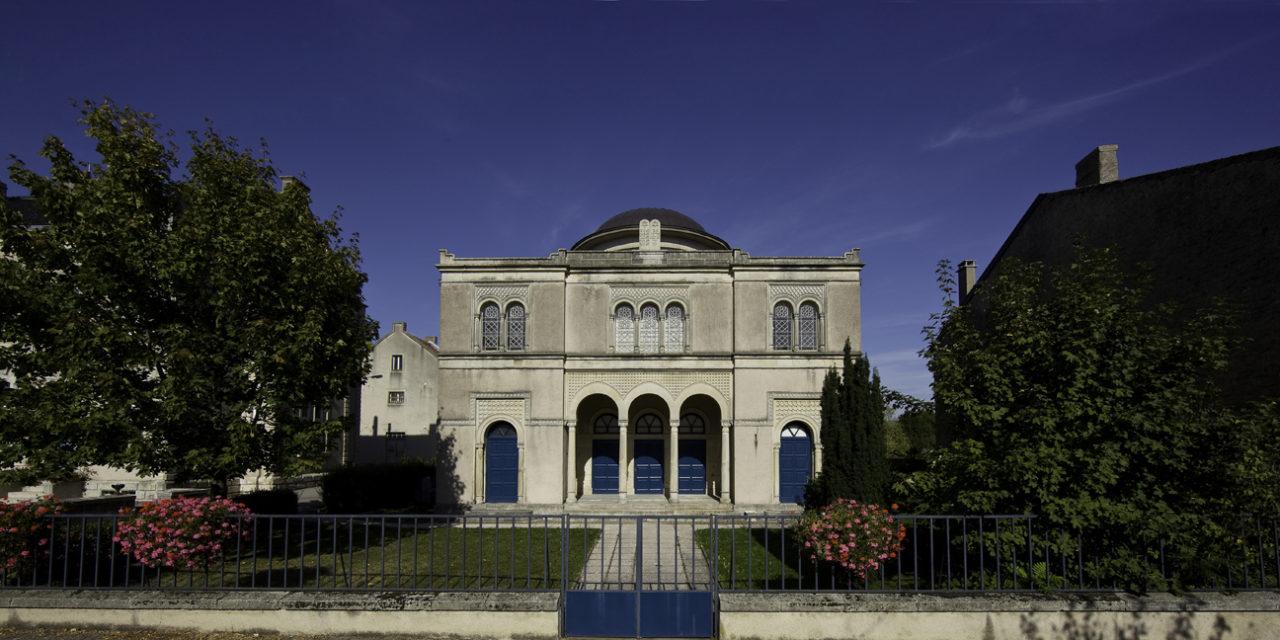 Le centre d'art – synagogue de Delme (57) recrute un directeur (f/h)