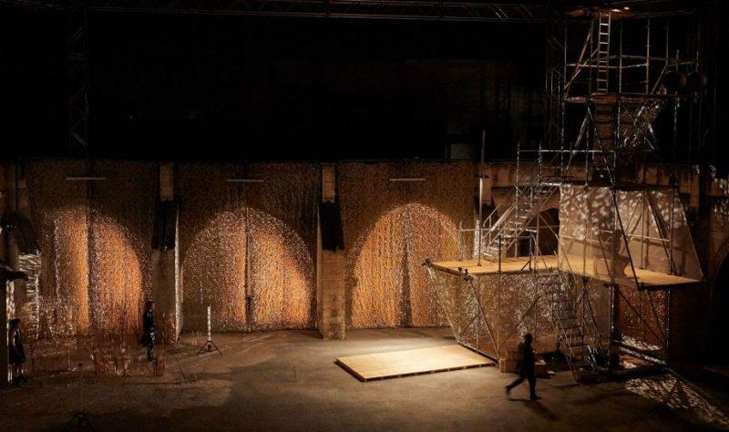 «Iphigénie» par Chloé Dabert: les Thénardier à la tête des Sons of Anarchy