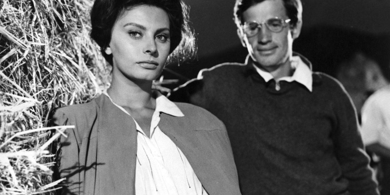 «La Paysanne aux pieds nus» : Sophia Loren superstar