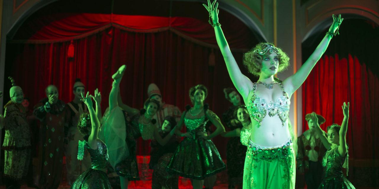 «O Grande Circo Místico» : cent ans de multitude
