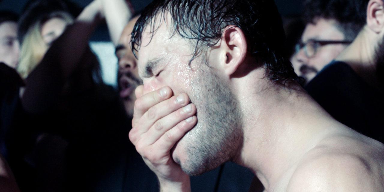 «Sauvage» : prostitution masculine sans euphémisme