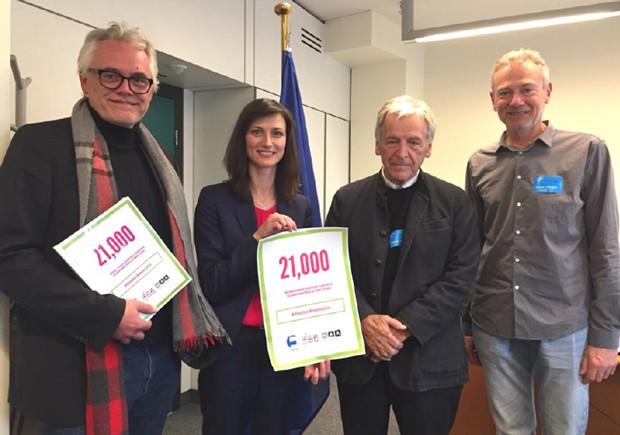 21 000 signataires soutiennent les scénaristes et réalisateurs européens
