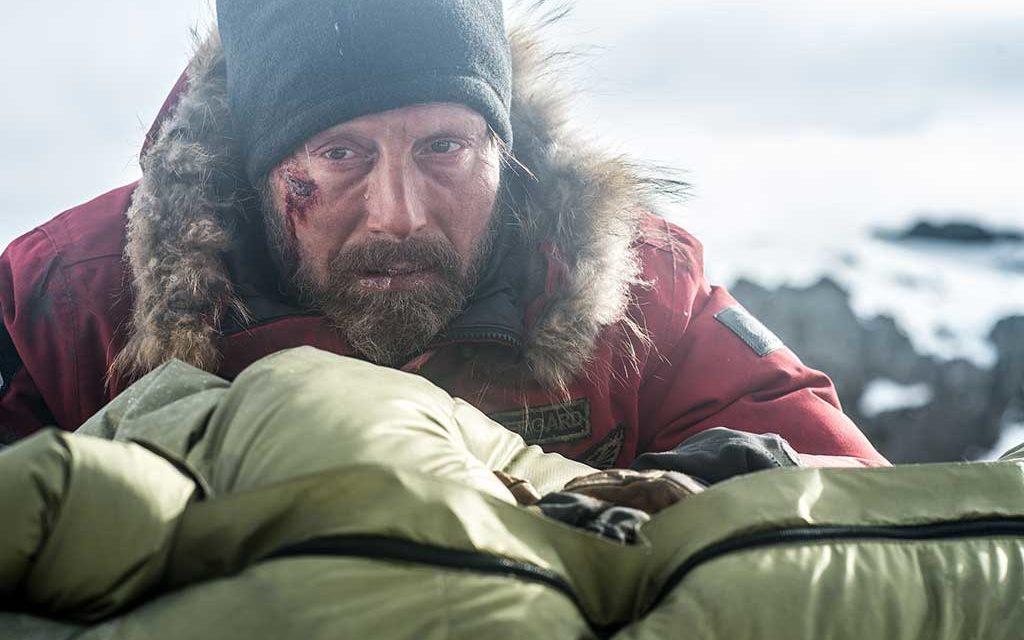 """""""Arctic"""" de Joe Penna : Mads Mikkelsen a les épaules robustes"""