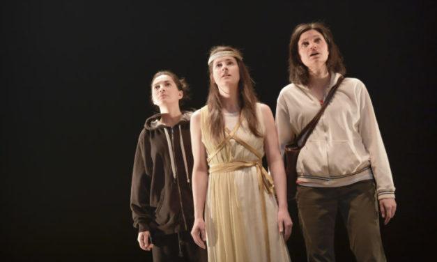 """""""Antioche"""" de Sarah Berthiaume: Antigone, servante intemporelle de la révolte des femmes"""