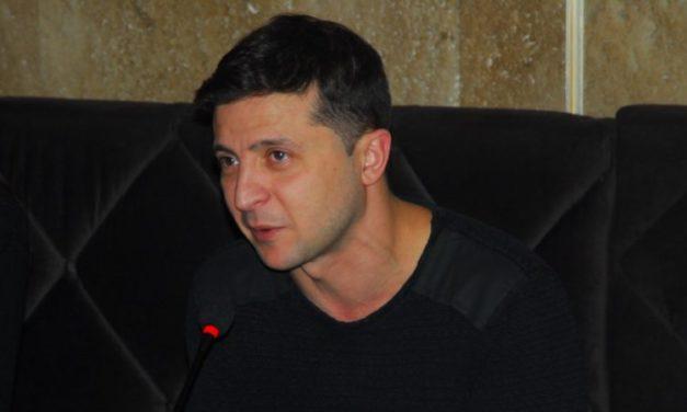 Ukraine – Le comédien Zelensky devient ce jour président du pays