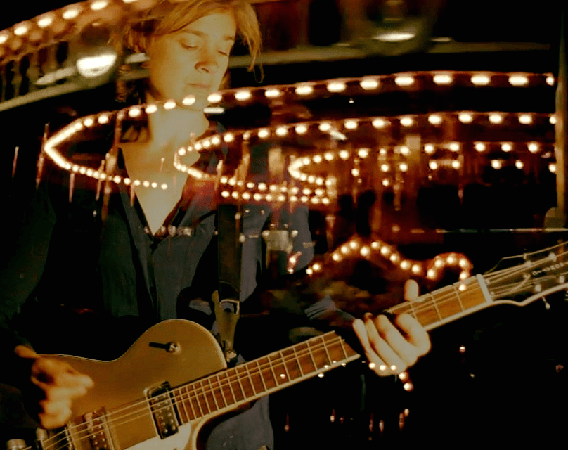 """Vidéo clip – Cloé du Trèfle : sortie en France de """"Vertige Horizonta"""" son album « brésilien »"""