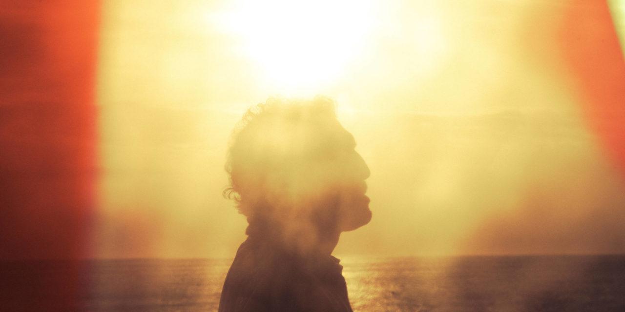 """Vidéo. Kid Francescoli dévoile un troisième extrait de """"Lovers"""", son prochain album"""