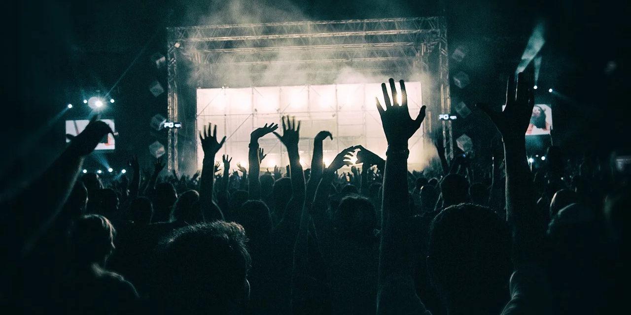 Roselyne Bachelot salue la croissance du Centre national de la musique