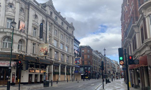 Coronavirus: l'Angleterre sécurise les contrats des théâtres londoniens