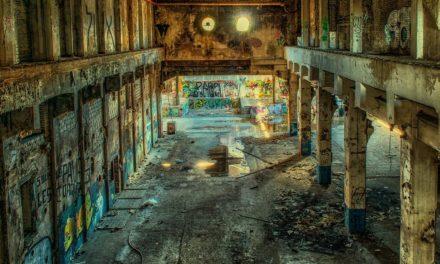 """Tiers lieux, squats, collectifs, friches : le """"co"""" entre réalités et projections"""