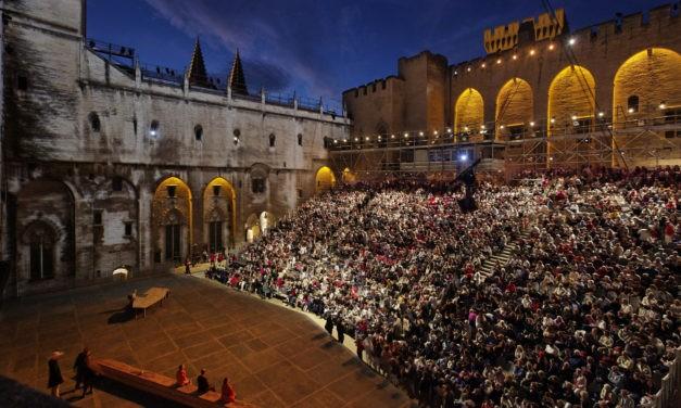 Rêve d'Avignon: le festival se réinvente de façon virtuelle pour cette 74e édition