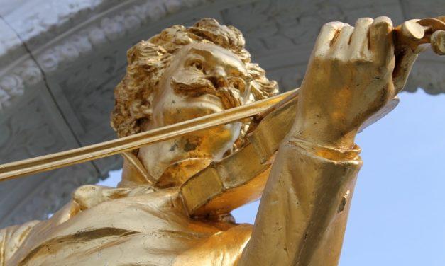 2 février 1869 : c'est curieux, chez Strauss, ce besoin de faire des valses !
