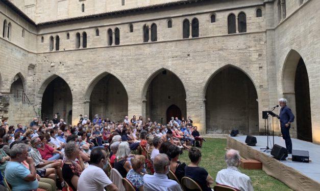 Le Souffle d'Avignon: une parole nouvelle retentit au cœur du Palais des papes
